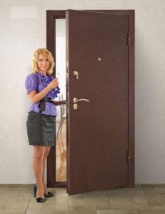 Входные двери в квартиру на заказ в СПб Дверилеон